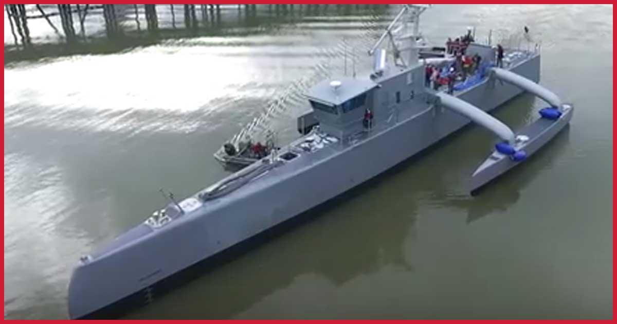 Unbemannter U-Boot Jäger kann monatelang allein auf See bleiben.
