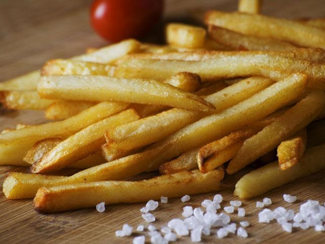 Ab und zu lohnt es sich mal den Mund aufzumachen und etwas zu sagen. Dann gibt's auch frische Pommes Frites.