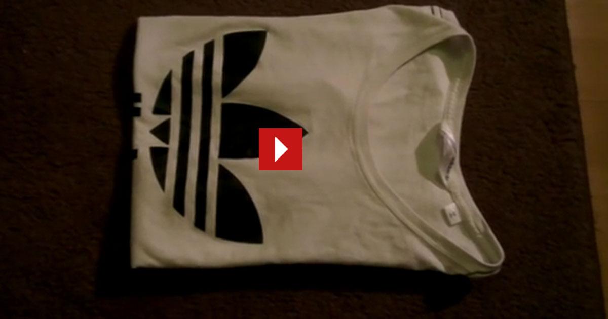 T-Shirt falten in weniger als 4 Sekunden. Genial!