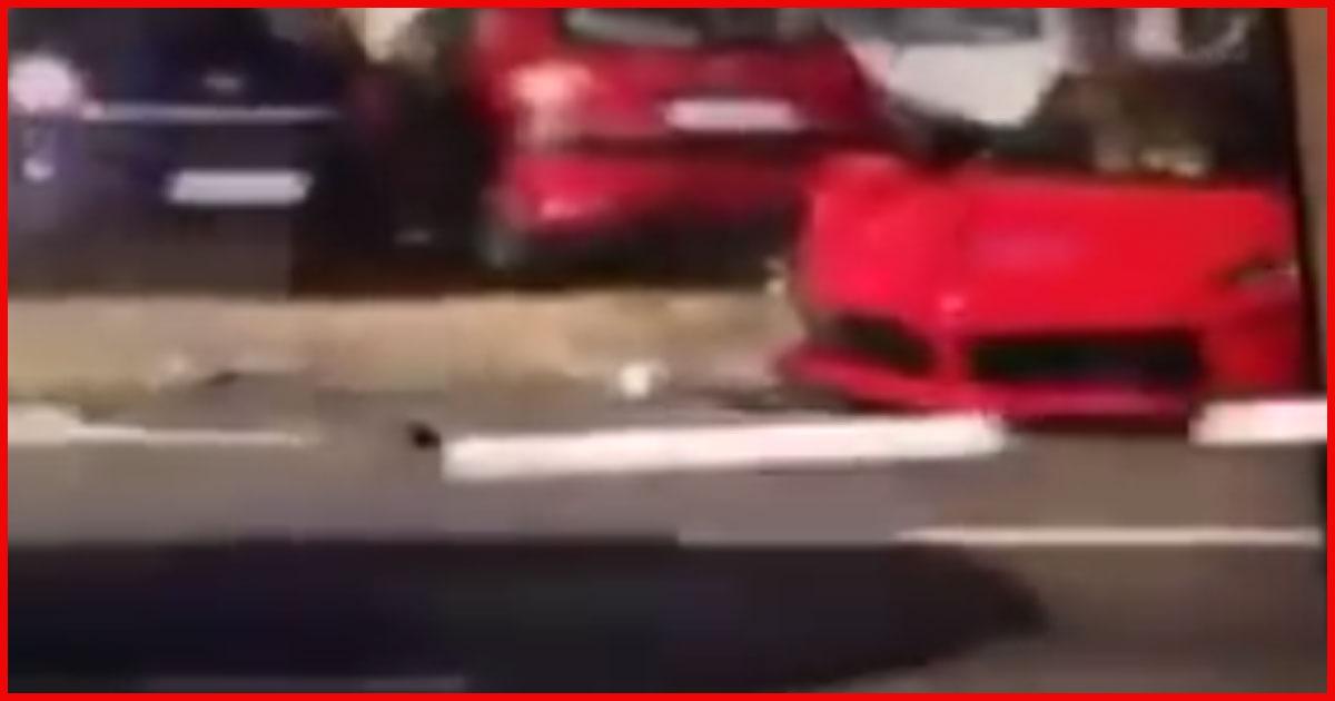 Teuerster Ferrari der Welt crasht in parkende Autos!