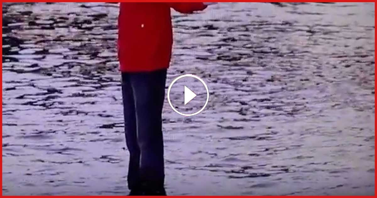 London: Unfassbar! Man läuft übers Wasser!