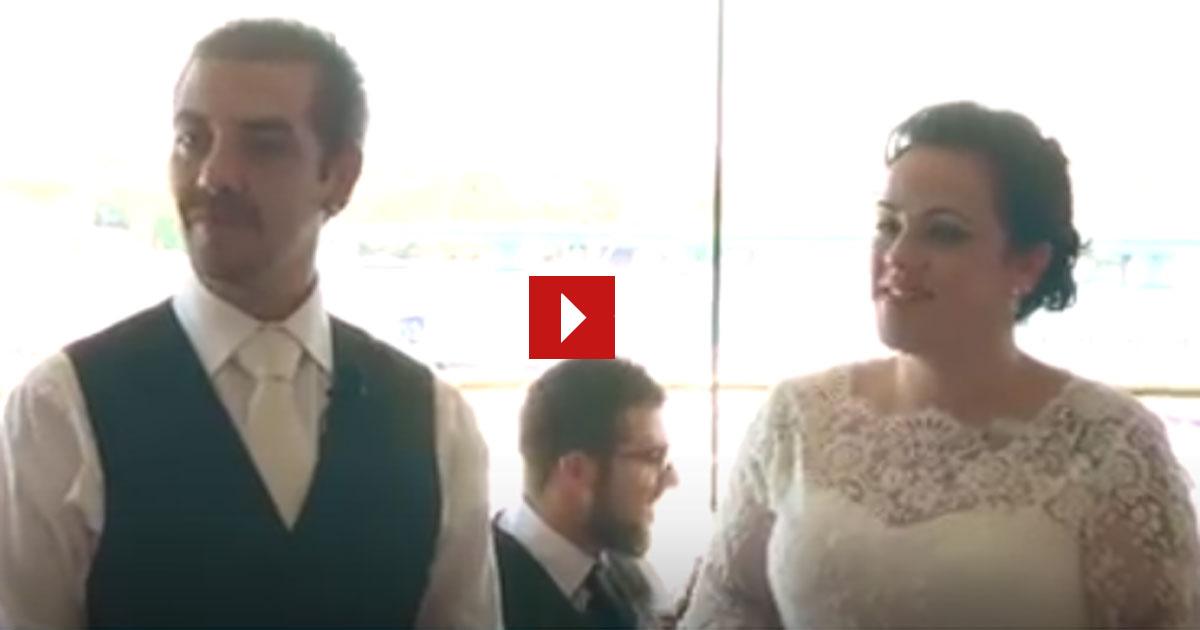 Du bist ein ganz normales Brautpaar und dann passiert das Unglaubliche.