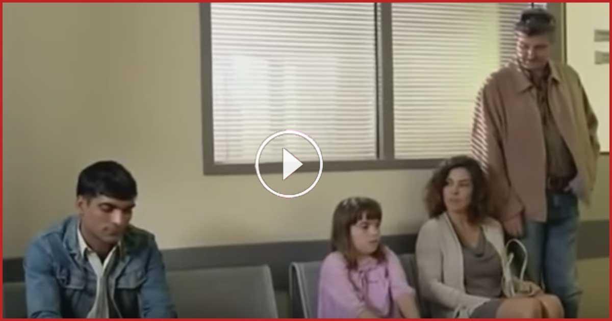 Die Familie setzt sich extra einen Platz weiter. Fünf Minuten später sind sie sprachlos