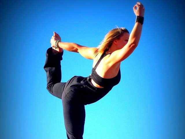 Yogis werden häufig als mager, stark, und flexibel porträtiert.